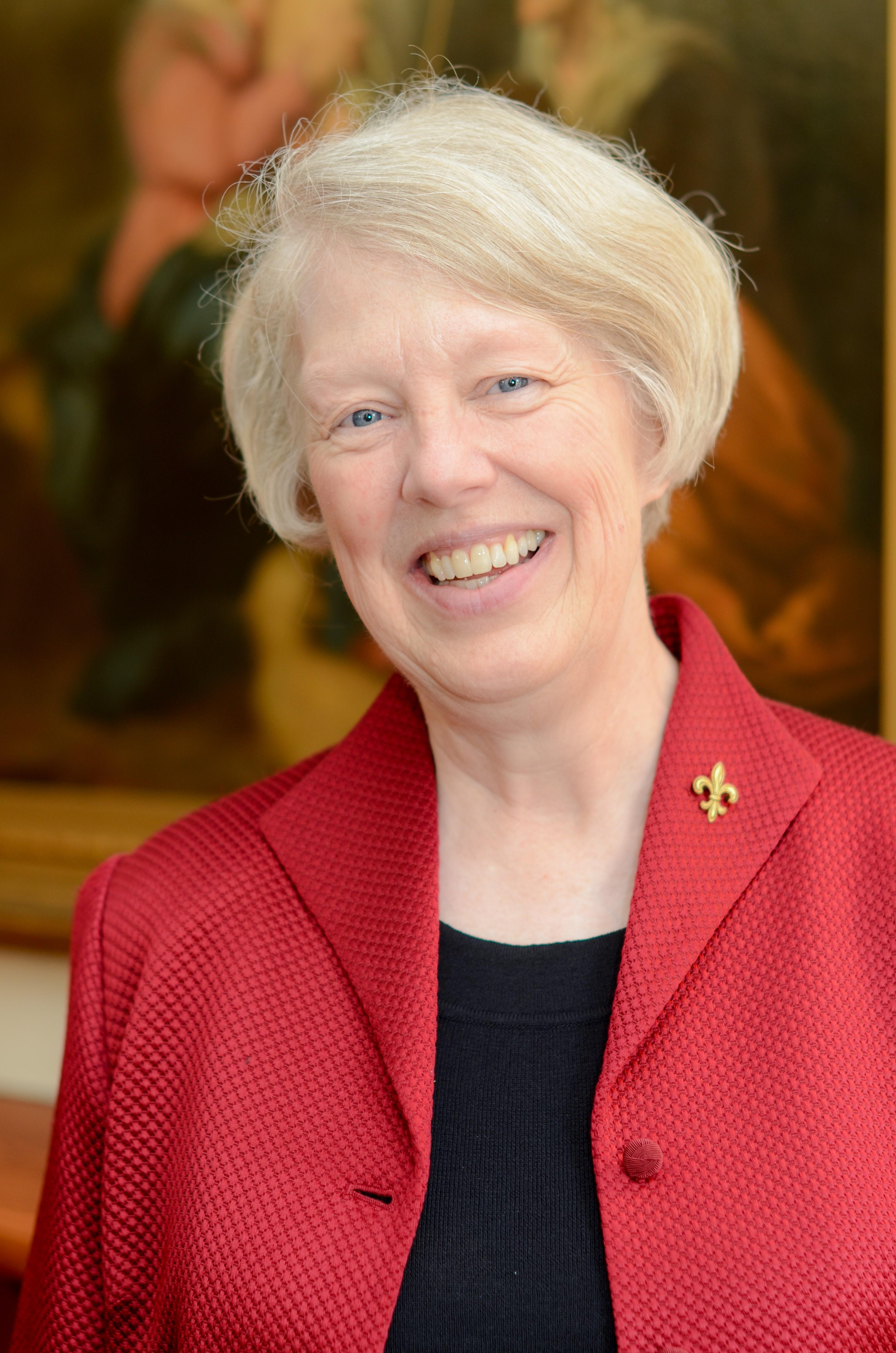 Book Review Editor Christine De Vinne